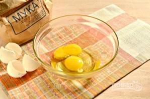 Рецепт оладий на молоке без дрожжей - фото шаг 1