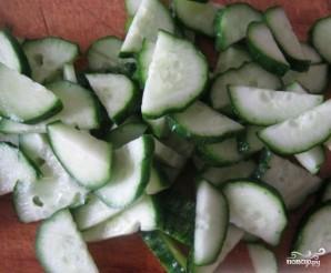 Салат из свежей капусты и крабовых палочек - фото шаг 4