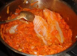 Рыба в маринаде с морковкой - фото шаг 2