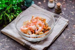 Салат с креветками, мидиями и кальмарами - фото шаг 3