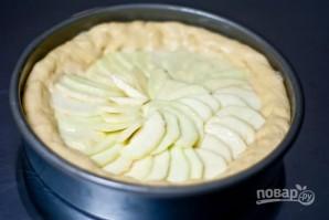 Пирог с яблоками и сливочным сыром - фото шаг 3