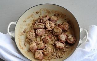 Медальоны из курицы в духовке - фото шаг 4