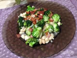 Жареная брокколи с фасолью и беконом - фото шаг 9