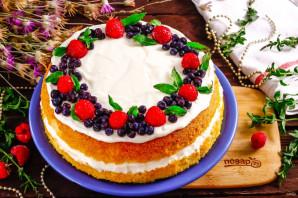 Бисквитный торт с ягодами - фото шаг 9