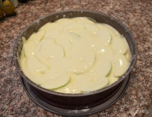 Яблочная шарлотка простая - фото шаг 4