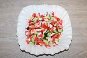 Крабовый салат с салатом айсберг - фото шаг 7