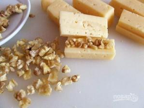 Жареный сыр с грецким орехом - фото шаг 3