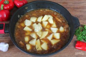 Говядина тушеная с перцем и картошкой - фото шаг 4