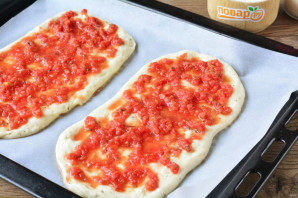Лепешка с томатом и базиликом - фото шаг 9