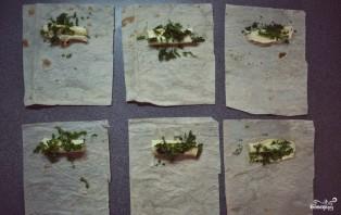 Сулугуни в лаваше на сковороде - фото шаг 2