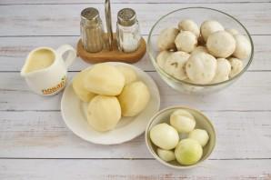 Суп-пюре с шампиньонами и картофелем - фото шаг 1