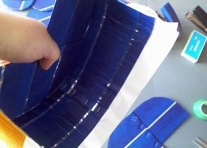 Коляска из конфет - фото шаг 2