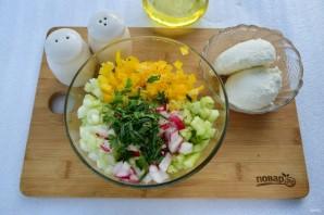 Салат весенний с сельдереем - фото шаг 2
