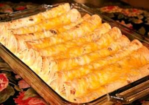 Лаваш с сыром и зеленью в духовке - фото шаг 4