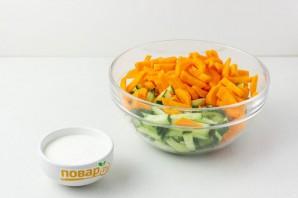 Салат из сельдерея для похудения - фото шаг 2