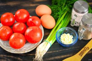 Помидоры фаршированные яйцом и луком - фото шаг 1