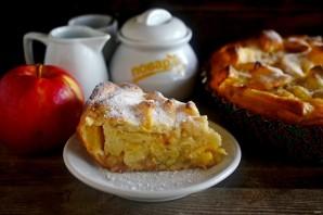 Шарлотка с апельсинами и яблоками - фото шаг 8