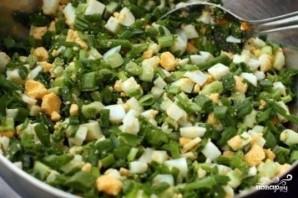 Пирожки с яйцом и зелёным луком - фото шаг 2