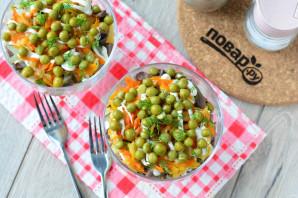 Слоеный салат с сердцем - фото шаг 12