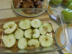 Мясо с яблоками в духовке - фото шаг 5