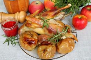Цыпленок с яблоками - фото шаг 7