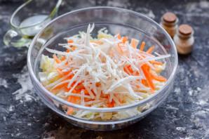 Салат с пекинской капустой и дайконом - фото шаг 4