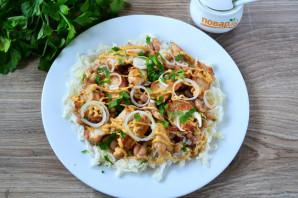 Салат с фасолью, капустой и курицей - фото шаг 7