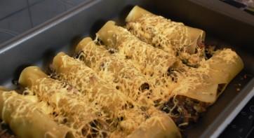 Каннеллони с сыром и грибами - фото шаг 7