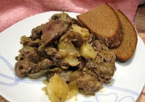 Печень с луком и яблоками - фото шаг 5