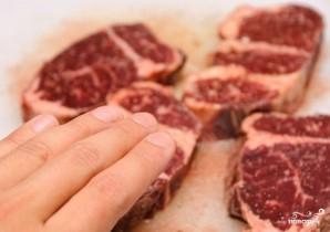 Мясо на углях - фото шаг 3