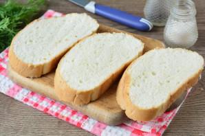 Бутерброды с крабовыми палочками и плавленым сыром - фото шаг 2