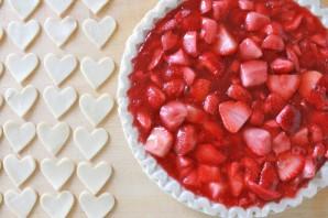 Клубничный пирог из слоеного теста - фото шаг 4
