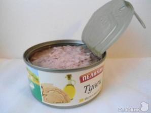 Салат с тунцом и маринованными огурцами - фото шаг 1