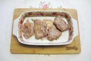 Свиная шейка в панировке из картофеля - фото шаг 7
