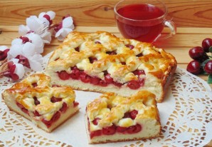 Сдобный пирог с вишней - фото шаг 11