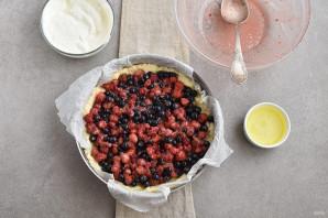 Пирог с ягодной начинкой - фото шаг 8
