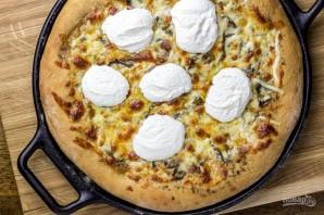 Сырная пицца с чесночным маслом - фото шаг 10