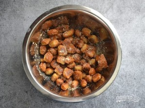 Брецель с чесноком и сыром - фото шаг 12