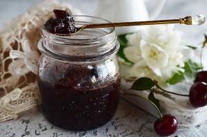 Вишневое варенье с шоколадом - фото шаг 5