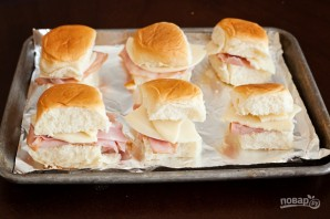 Простые сэндвичи с пикантным соусом - фото шаг 4