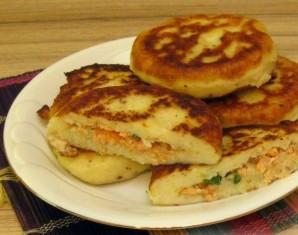 Картофельные зразы с рыбой - фото шаг 5