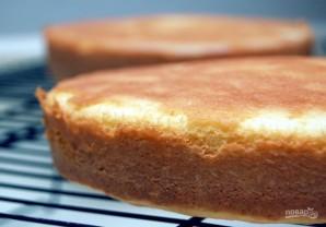 Бисквитный торт с ликёром - фото шаг 7