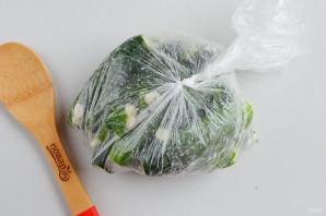 Соленые огурцы в пакете - фото шаг 5