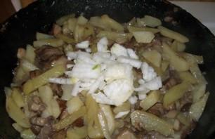 Подберезовики, жареные с картофелем - фото шаг 4