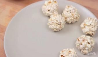 Шарики из попкорна с маршмеллоу - фото шаг 4