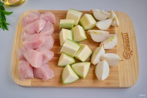 Куриный шашлык по-гречески с соусом - фото шаг 2