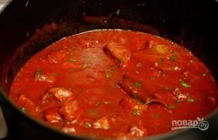 Макароны со свининой на сковороде - фото шаг 7