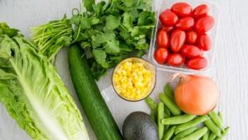Мексиканский овощной салат - фото шаг 1