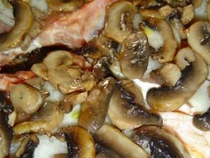 Мясо с сыром и грибами - фото шаг 4