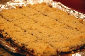 Песочный пирог с джемом - фото шаг 6